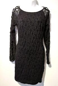Bebe large long sleeve cold lace shoulder dress